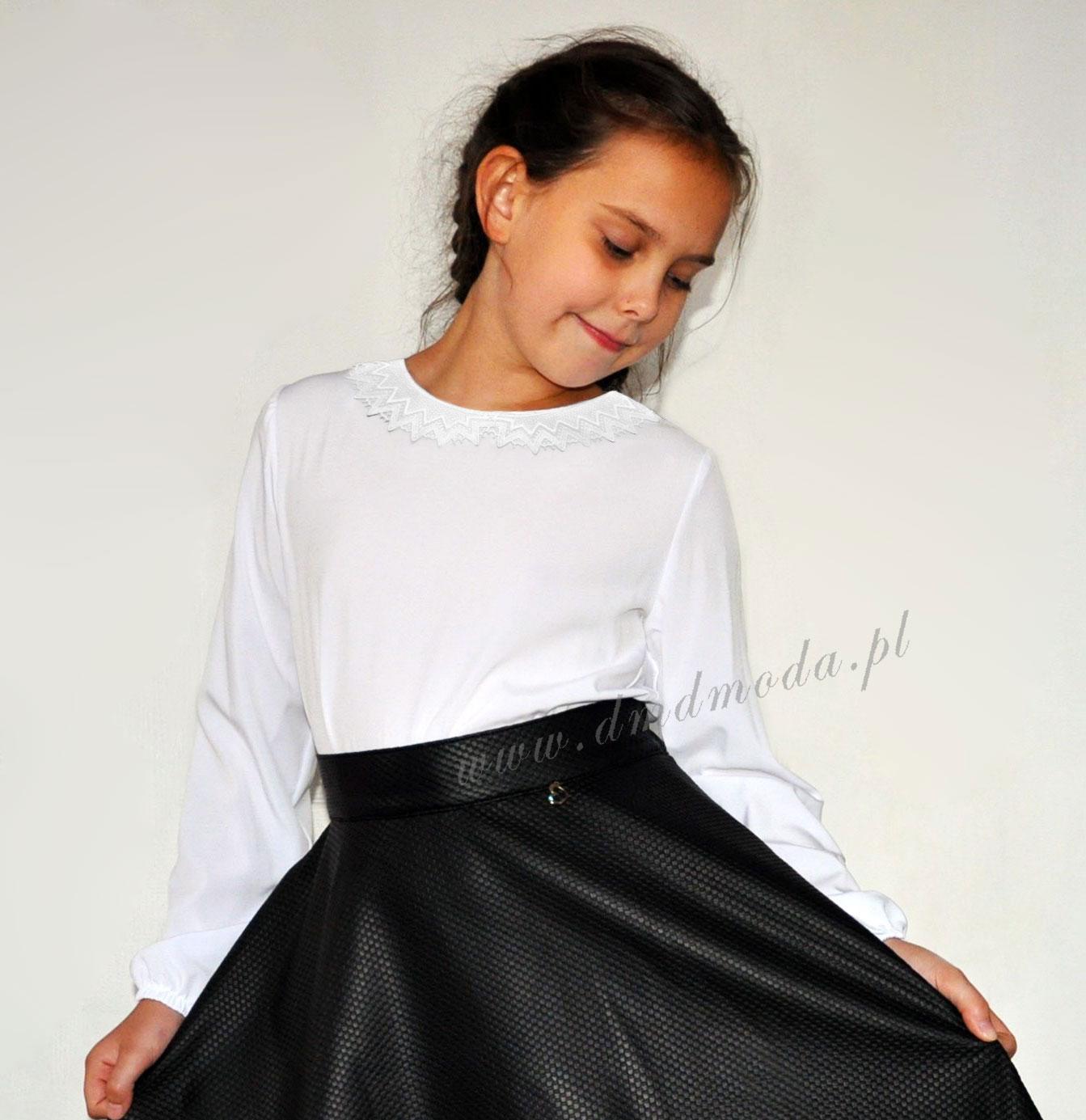 bluzka dla dziewczynki z koronkowym kołnierzykiem