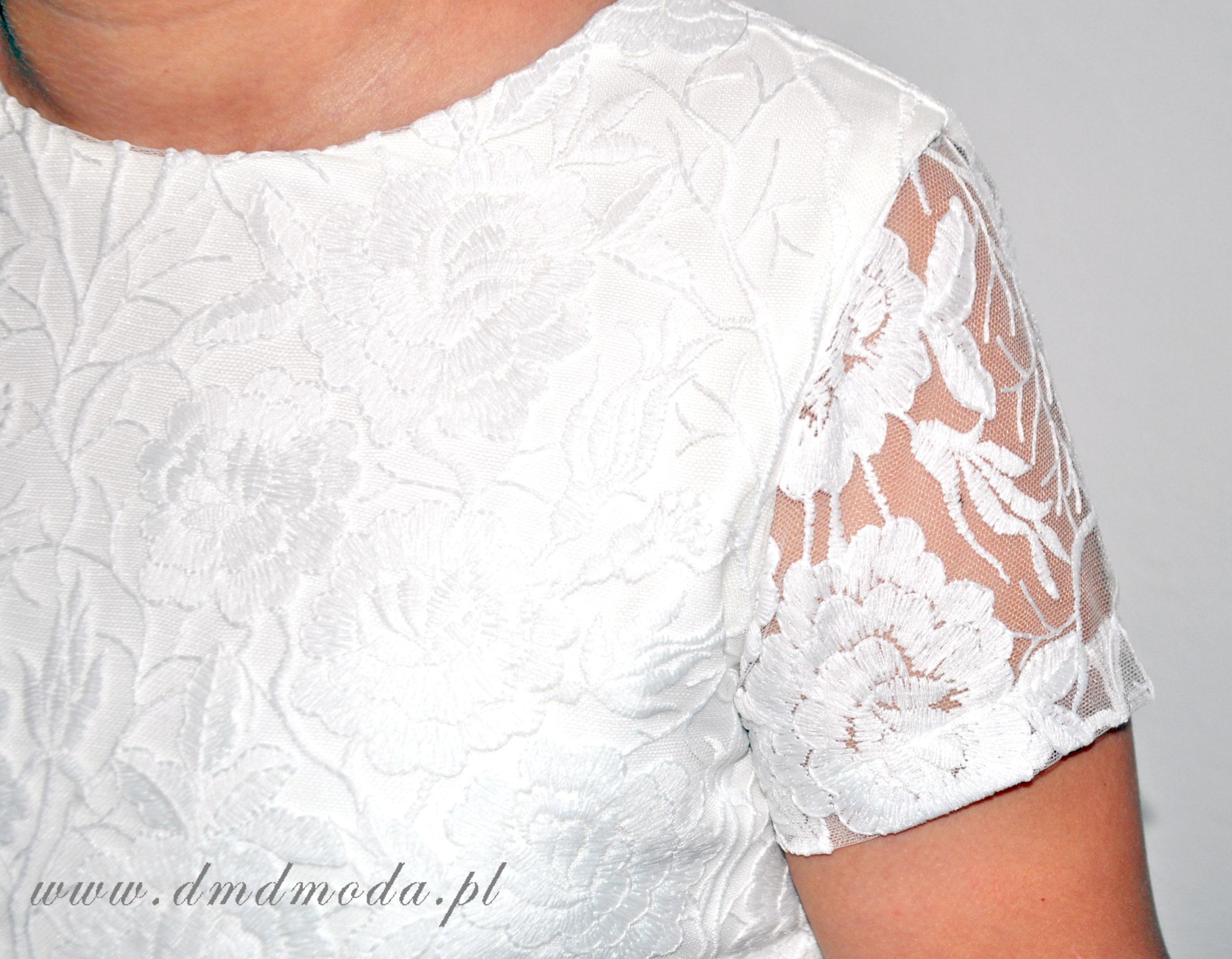 biała sukienka dla dziewczynki
